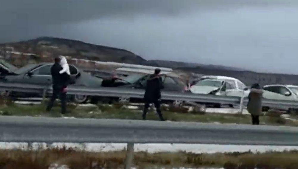 Al menos 15 heridos por un accidente múltiple, de hasta treinta vehículos, por la granizada en la A-12 a la altura de Navarrete