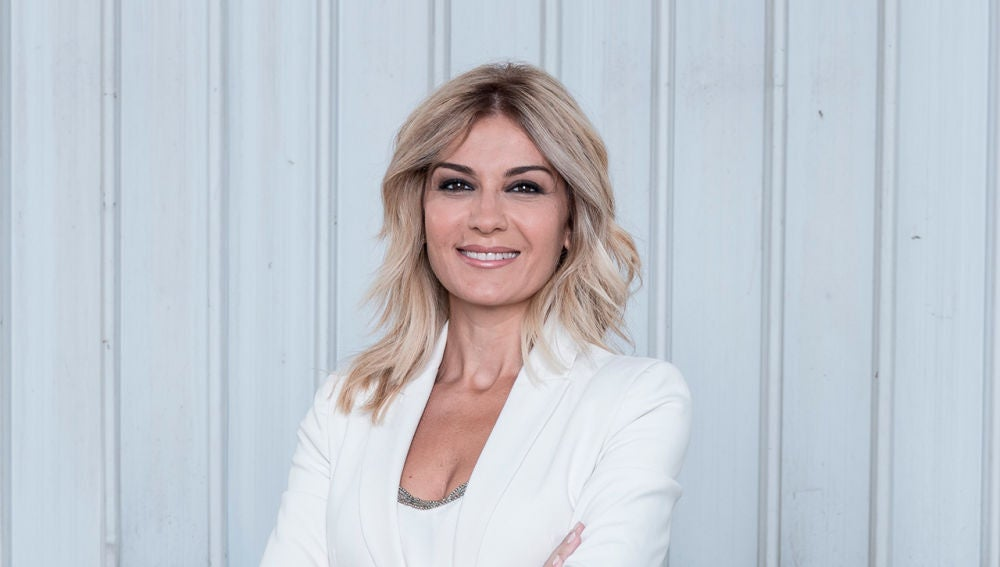 Sandra Golpe - Cara - 2018