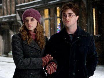 Harry y Hermione te firman el permiso de la excursión