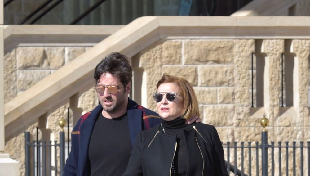 David Bustamante se va de compras con su madre