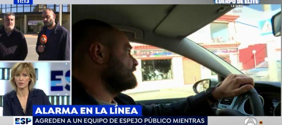 Antena 3 tv agreden a un equipo de 39 espejo p blico 39 en for Ver espejo publico hoy