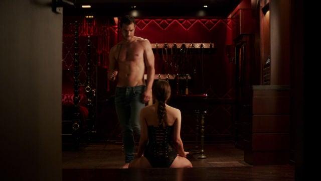 Jamie Dornan y Dakota Johnson en 'Cincuenta sombras liberadas'