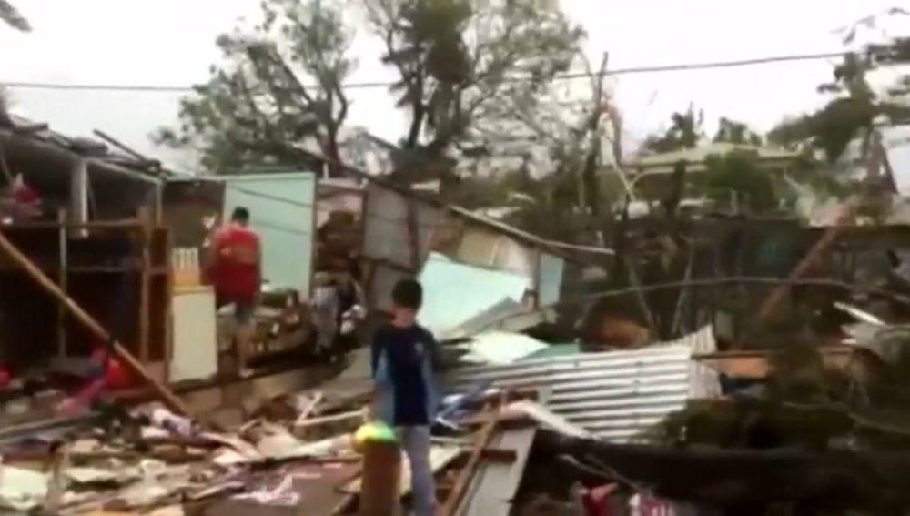 Un muerto y decenas de heridos al paso del ciclón Gita en Tonga