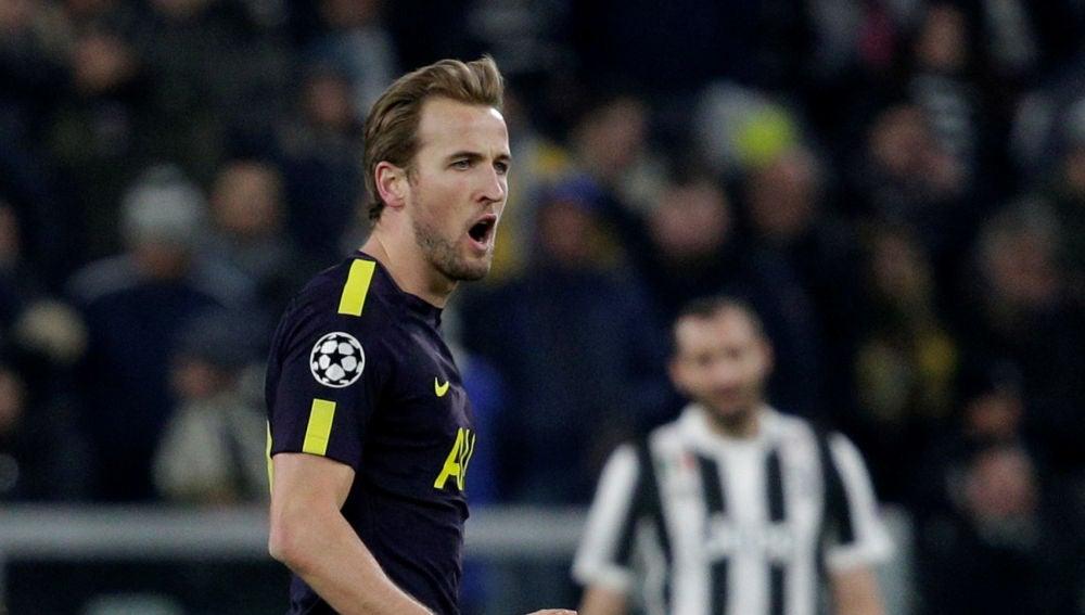 Harry Kane celebra su gol ante la Juventus