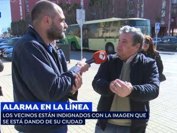 """Los vecinos de La Línea de la Concepción están indignados con la imagen de la ciudad: """"Es una realidad, pero no hay que generalizar"""""""