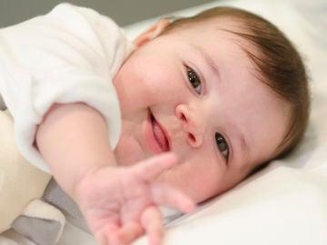 Carla, la primera bebé en recibir un trasplante de corazón incompatible