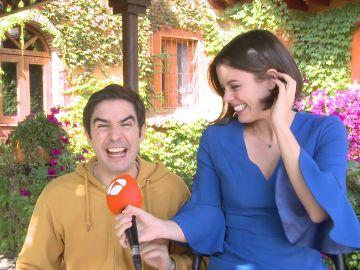 Juanra Bonet se cuela en la entrevista de Adriana Torrebejano y esto fue lo que pasó