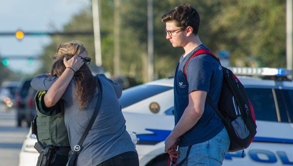 Fotografía después del tiroteo en un instituto de Florida