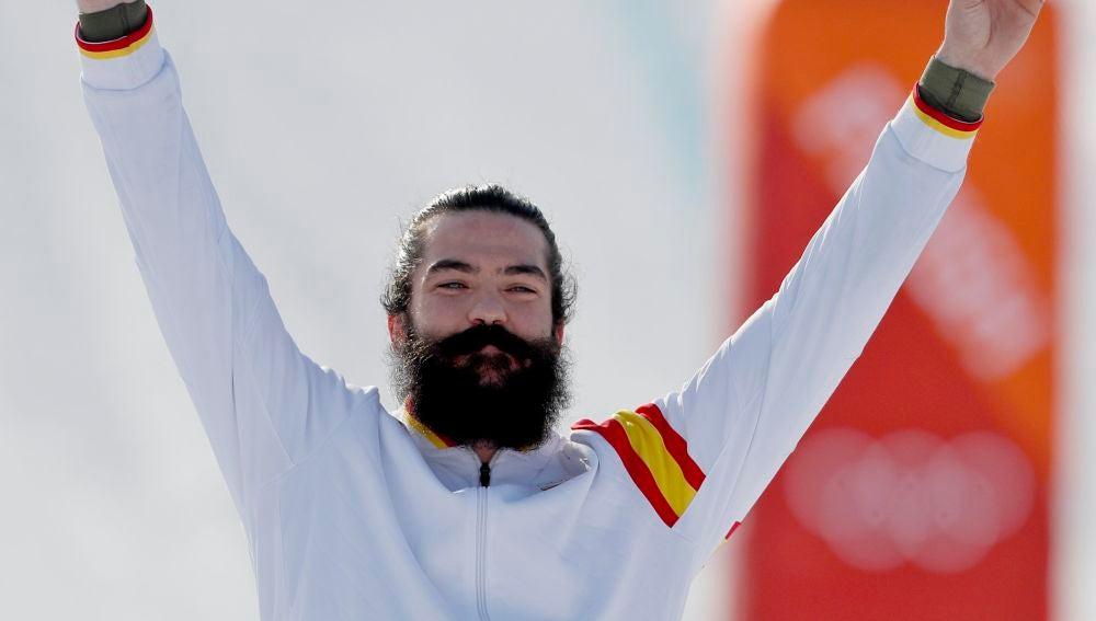 Regino Hernández celebra su bronce