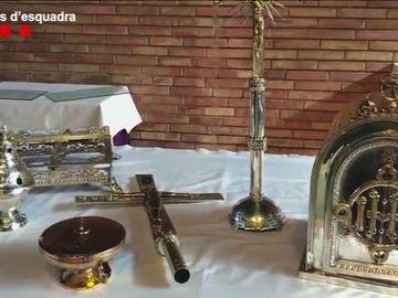 Dos detenidos por estafar a un cura al que trataron de cobrarle 18.000 euros por la restauración de unos objetos religiosos