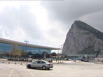 España quiere la administración conjunta del el aeropuerto de Gibraltar