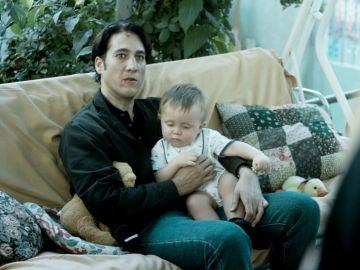 Miguel amenaza al Dela con hacer daño a su hijo si vuelve a traicionarle