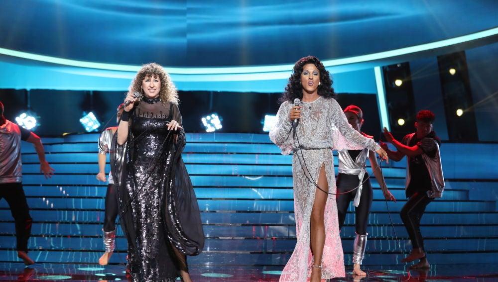 La Terremoto de Alcorcón y Cristóbal Garrido se convierten en Barbra Streisand y Donna Summer con 'No more tears' en la gran final de 'Tu cara me suena'