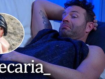 """""""Lo que parecía una orgía entre matrimonios desconocidos, acabó en una fiesta de osos en pijama en el sofá"""", por @Becaria_"""