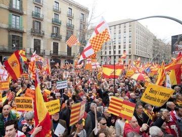 La Plataforma por Tabarnia durante su movilización en Barcelona