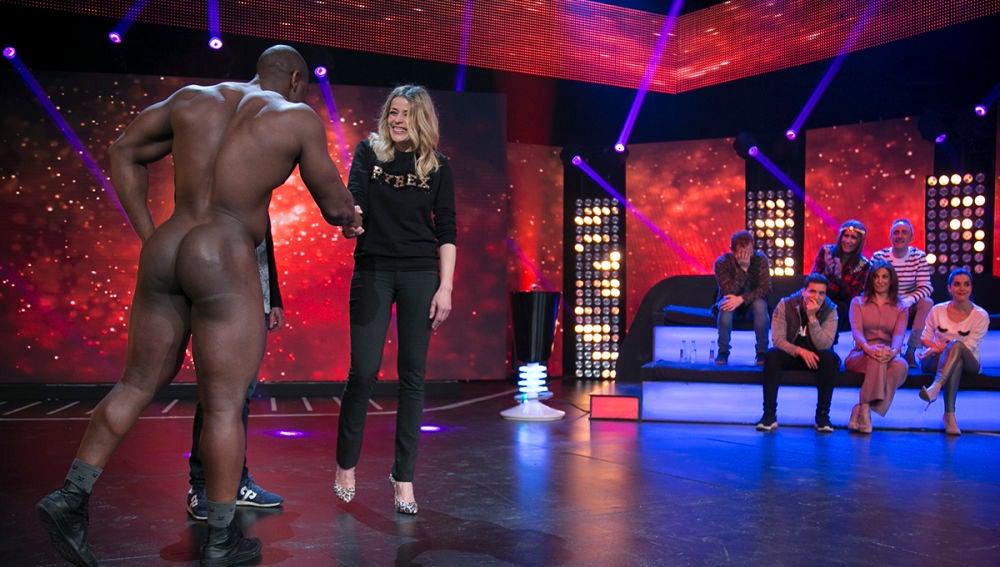 Hipnotízame Un Hombre Totalmente Desnudo Sorprende A Inma Del Moral En Hipnotízame