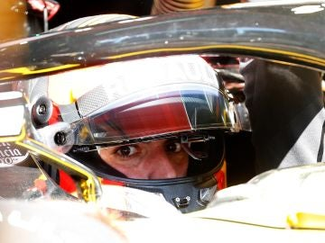 Carlos Sainz, durante los entrenamiento de F1 en Montmeló