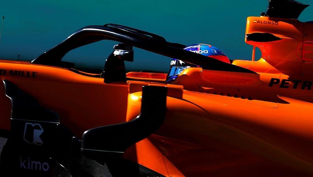 Nueva fuga de aceite en el McLaren de Alonso
