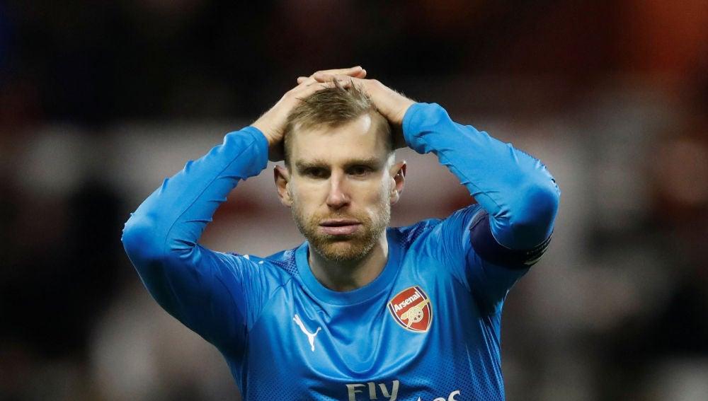 Mertesacker  con el Arsenal