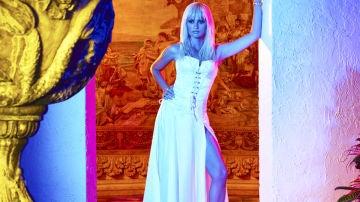 Penélope Cruz es Donatella Versace