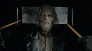 Johnny Depp como Grindelwald