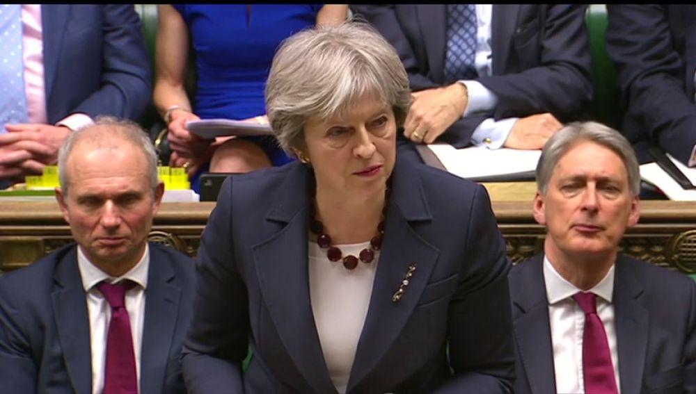 El Gobierno británico expulsa a 23 diplomáticos rusos por el ataque al exespía y responsabiliza directamente a Moscú