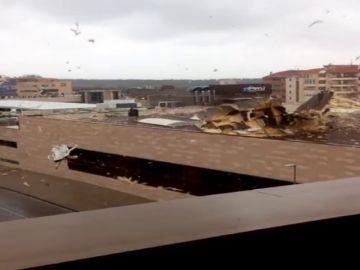Gisele 'barre' la península con fuertes vientos e intensas lluvias ocasionando centenares de incidencias