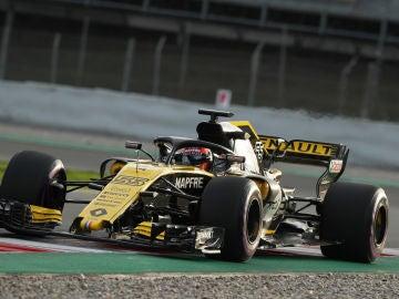 Carlos Sainz rueda con su Renault