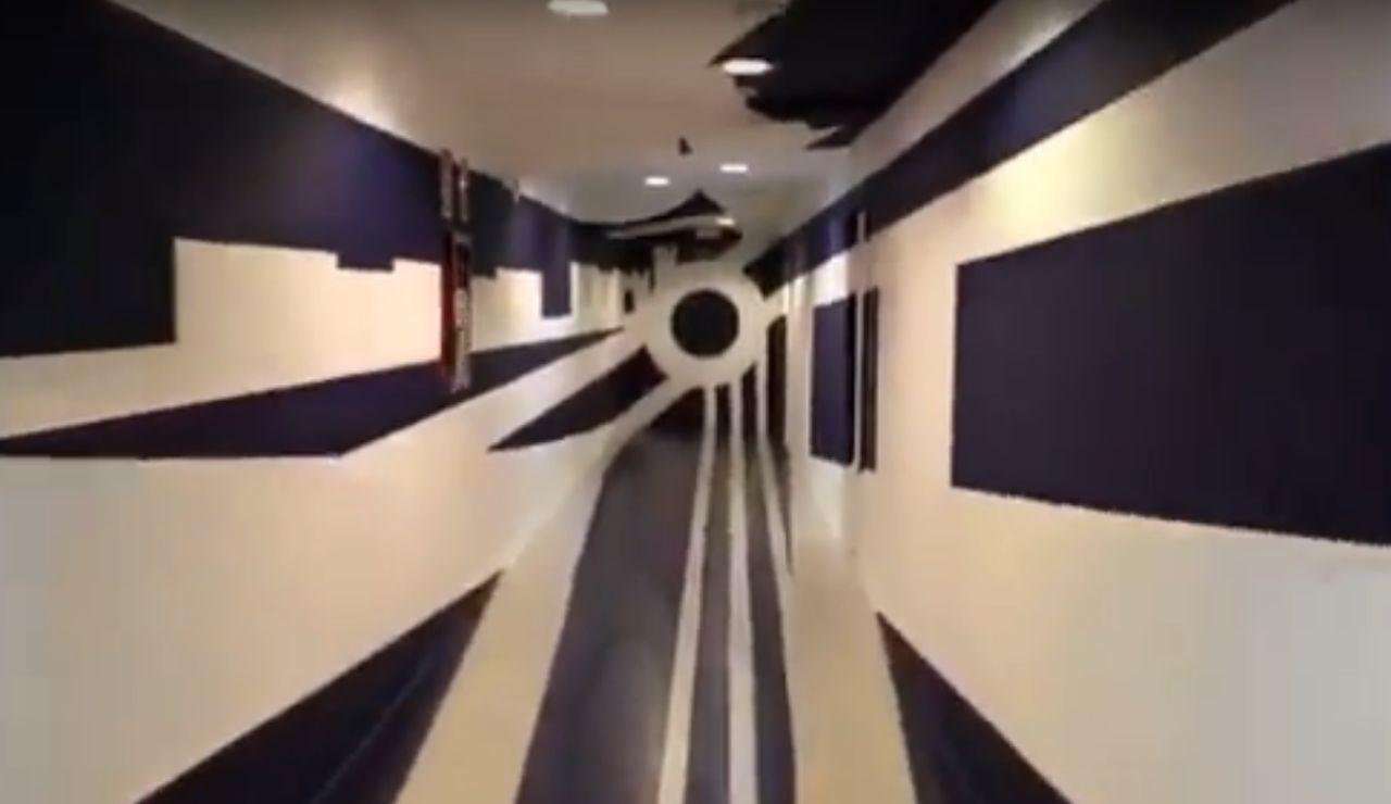 El efecto óptico del túnel de vestuarios del Málaga
