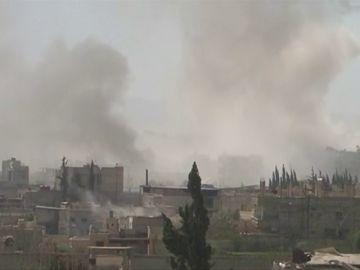 Continúa la evacuación de civiles de feudo opositor de Guta Oriental en Siria