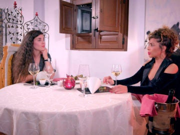 Discusión y reconciliación en la última cena de Carolyne y Sheyla
