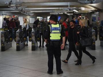 Cadena perpetua para el terrorista que colocó una bomba en el metro de Londres