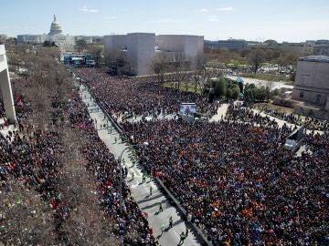 Un millón de personas se manifiestan en EEUU para pedir mayor control de armas