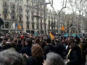 Concentraciones en Barcelona en contra de la detención de Puigdemont