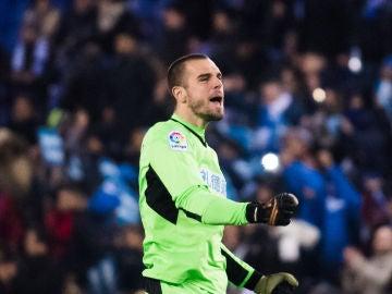 Pau López, durante un partido con el Espanyol