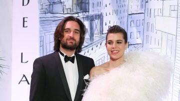 Carlota Casiraghi hace oficial su compromiso con Dimitri Rassam