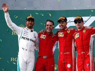Iñaki Rueda, entre Hamilton y Vettel en el podio del GP de Australia