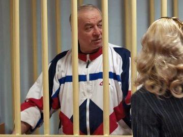 El exespía ruso Sergei Skripal, durante una audiencia en el tribunal militar de Moscú, en Rusia.