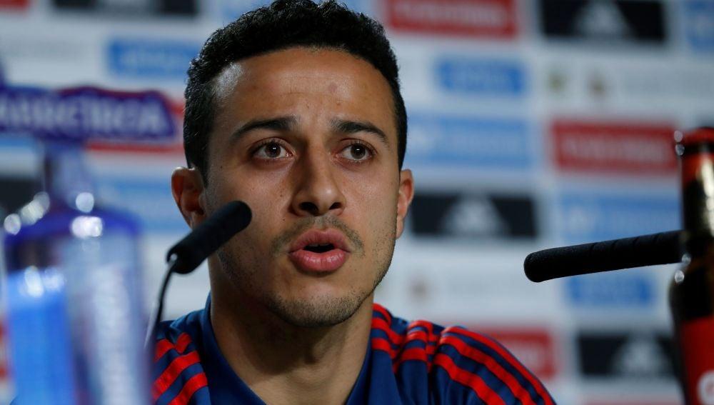Thiago Alcántara, en rueda de prensa