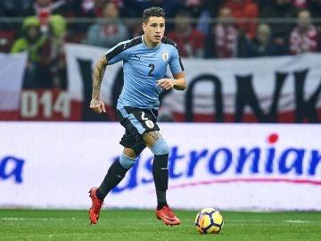 Giménez, en un partido con Uruguay