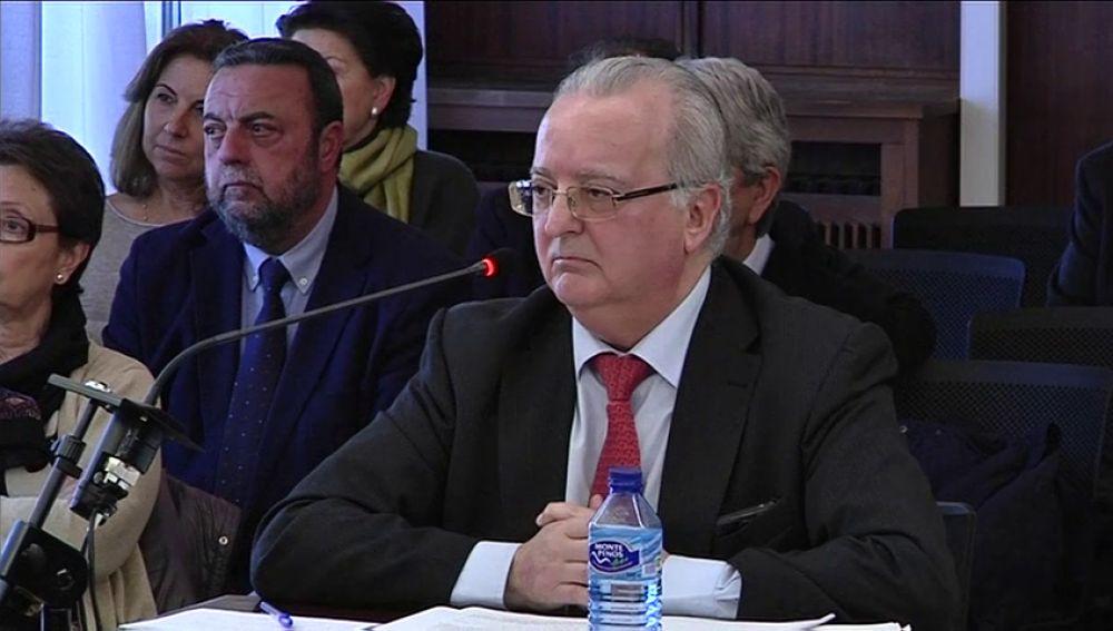 El exconsejero de Empleo Antonio Fernández declara en el juicio de los ERE