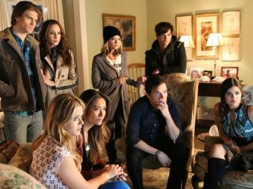 Parejas de 'Pretty Little Liars'