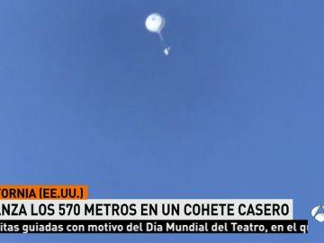 Construye un rústico cohete casero y se eleva casi 600 metros para intentar demostrar que la Tierra es plana