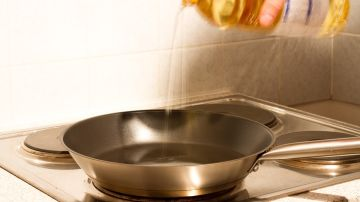 Si el olor o el aspecto del aceite son raros, cámbialo.