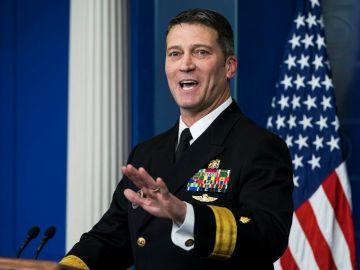El doctor Ronny Jackson, el médico de la Casa Blanca