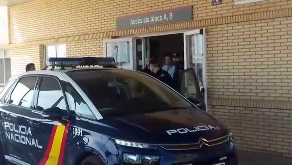 Sale del hospital el presunto asesino del hombre que fue acuchillado para salvar a su nieta