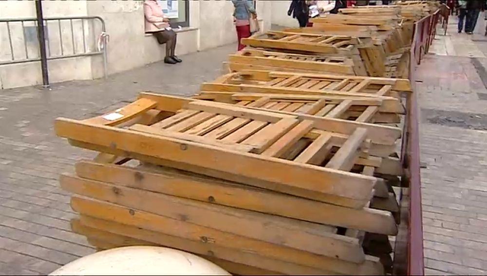 En Sevilla, Málaga o Valladolid se alquilan miles sillas en Semana Santa