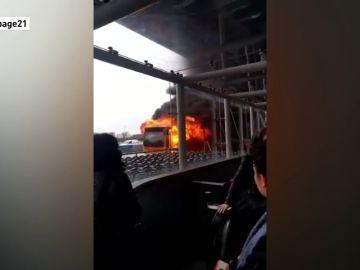 Evacuado el aeropuerto londinense de Stansted por un incendio