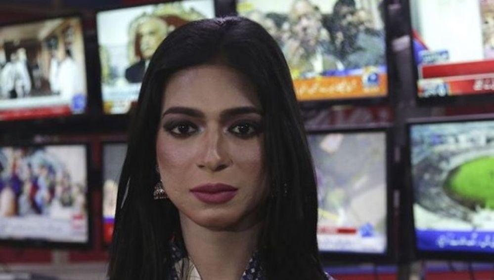 Marvia Malik, la primera presentadora de tv transexual de Pakistán