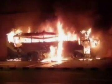 Mueren 20 personas en un accidente de autobús en el noroeste de Tailandia